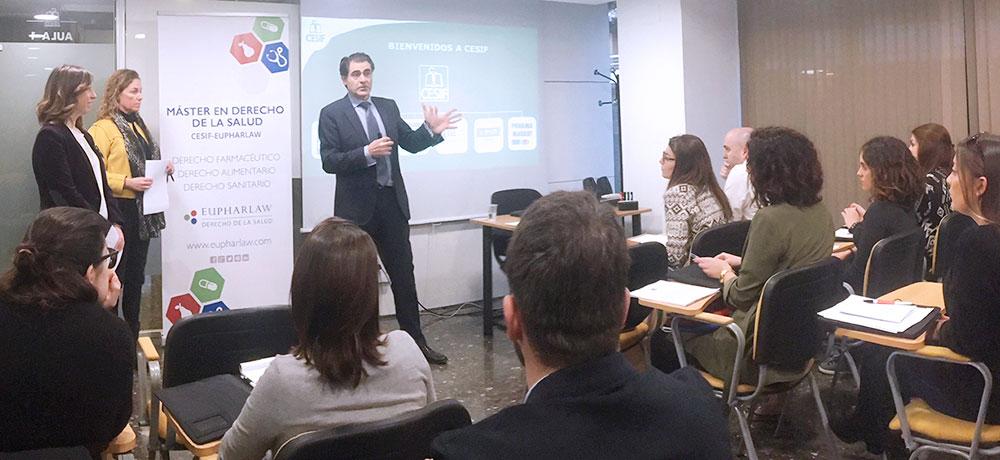 Luis González Vaqué inaugura el Máster en Derecho de la Salud en Barcelona